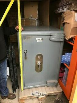CHUBB Heavy Duty Safe Double Shelf Fire Resistant Approx. 850KG