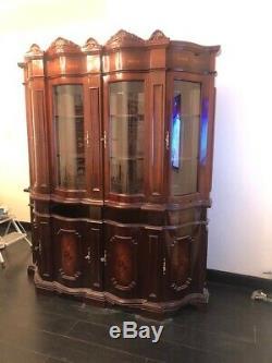 Italian 2 piece furniture, walnut, 4 door, display cabinet, excellent condition