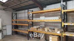9 Bays Rayonnage À Palettes. La Plupart Avec Heavy Duty Slat Shelfs