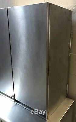 Armoire Murale Robuste En Acier Inoxydable Avec Tablettes800 MM De Large