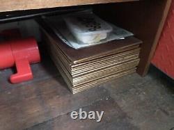 Au Milieu Du Siècle Sectionnel Bibliothèque Pigeonhole Université Artistes Unité D'affichage Offre