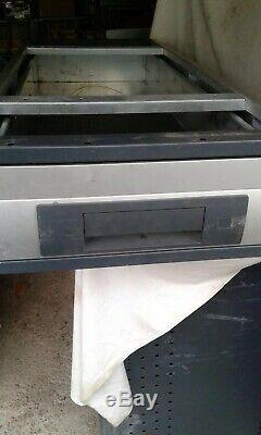 Bott Van Racking Unité Tiroir De Rangement Sous Le Plancher De Rayonnage Lourd Droit De L'armoire X 1