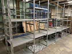 Lot D'emploi Heavy Duty Entrepôt Racking De Qualité Professionnelle 42 Baies, 300+ Les Régiments