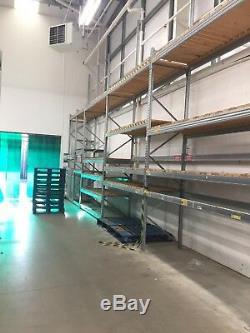 Rayonnage Galvanisé De Baies De Stockage En Libre-service Dans Des Entrepôts Pour Rayonnage 4m X 2.7m