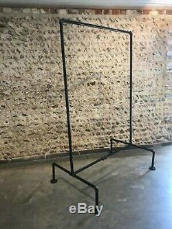 Tuyaux Lourds Vintage Industriels Duty Acier Vêtements Rail Stand Armoire Rack
