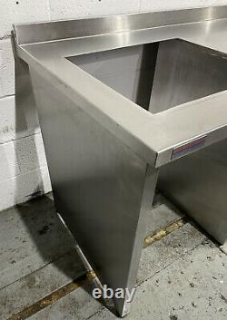 Unité De Préparation En Acier Inoxydable Robuste Avec Étagères 2467 MM Large £ 300 + Cuve