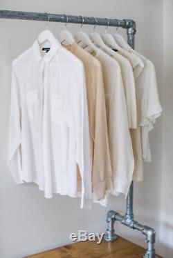 Vêtements De Style Industriel Rail Avec Étagères / Solution De Stockage