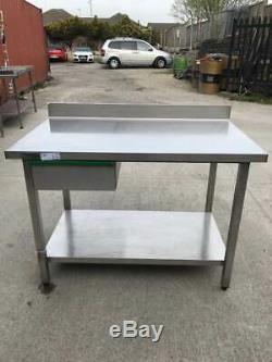 Zanussi Table / Support Robuste Avec Sous-étagère Et Tirage (1200mm X 700mm)